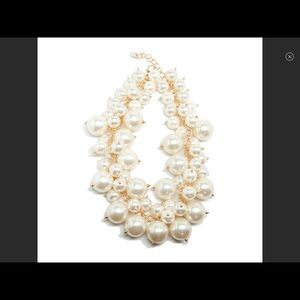 Pearl High End Costume Necklace